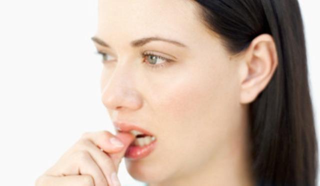 Если у девушки больные зубы
