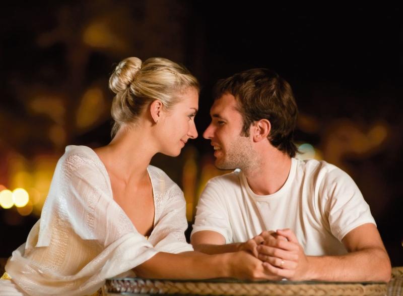 народные красивые картинки любящих мужа и жены цвет