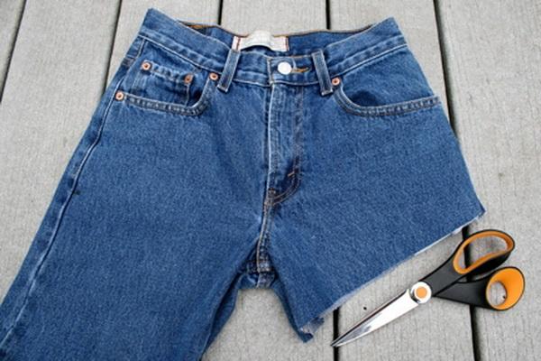 Как из джинсов правильно сделать шорты из